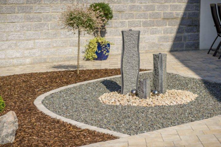 Erstellen von quellstein und gartenteichanlagen josef for Gartenteichanlagen bilder